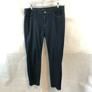 Elie Tahari Dark Wash Jeans Straight leg Size 10